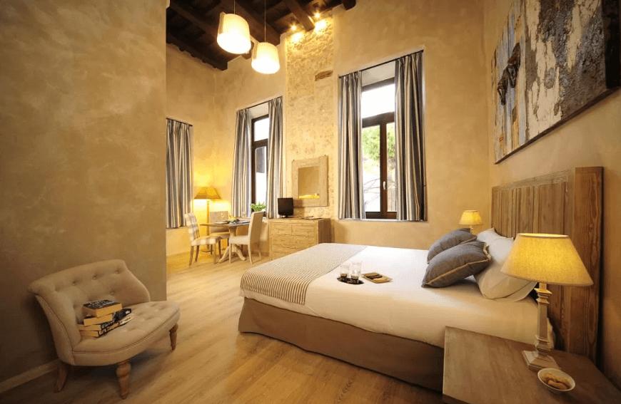 Où trouver un hôtel de luxe à Réthymnon ?