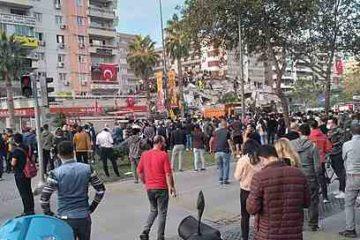 Grèce : le premier ministre en Crète, secouée par des répliques du séisme