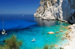 Pourquoi louer un bateau en Crète ?